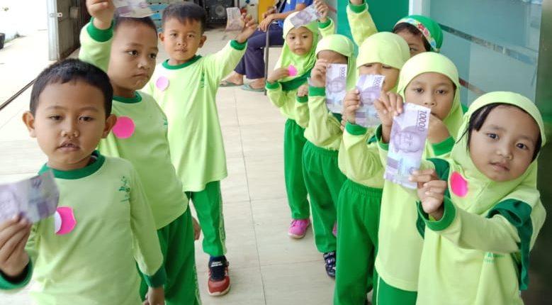 Yel-Yel Khas Green School